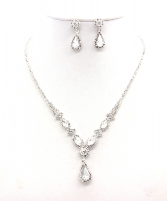 Rhinestone Necklace with Earrings NB300608 SVCL