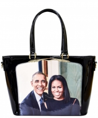 Frame Michelle Obama Fashion  Magazine Print Faux Patent Leather Handbag With Gold Embellishments PA0046 3