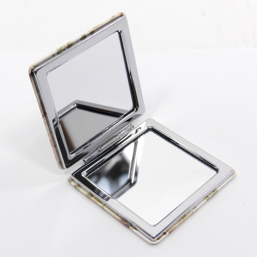 Marilyn Monroe pact Mirror 12 Pcs Set Assorted colors