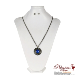 "16"" Ultra Stylish Necklace w/ Chic Blue Stone Pendant And Surrounding Clear Crystals"