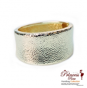 Stylish Rigid Design Gold Tone Bracelet.