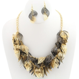 Leaves Layered Necklace and Earring Set X25 30431 GOLD BLACK