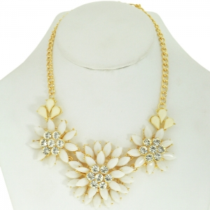 White Floral Accent Necklace with Faux Diamond Studs
