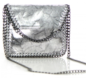 Chained Foil Shine Clutch Purse HD2318 36491 Silver