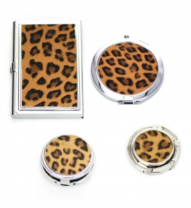 Gift Set Box Leopard Print Magnifying Mirror & Handbag Holder ,Pill Case, Credit Card Holder Case 4 Piece Set  GFT84-0399LZLC