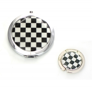 Cosmetic Compact Checkered Print Mirror Magnifying & Handbag Holder 2 Piec Set GFT84-0416AT