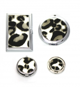 Gift Set Box Leopard Print Magnifying Mirror ,Handbag Holder & Pill Case, Credit Card Holder Case 4 Piece Set GFT84-0399JTCL