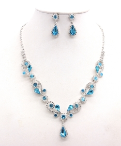 Rhinestone Necklace with Earrings NB300618 SVAQ