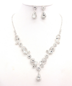 Rhinestone Necklace with Earrings NB300618 BNJT