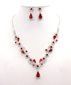 Rhinestone Necklace with Earrings NB300618 SVLM