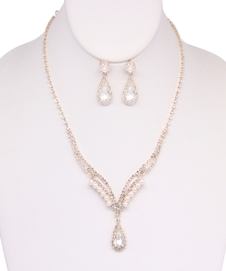 Rhinestone Necklace with Earrings NB810018 GOLD