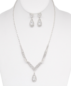 Rhinestone Necklace with Earrings NB810019 SILVER