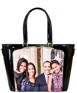 Frame Michelle Obama Fashion  Magazine Print Faux Patent Leather Handbag With Gold Embellishments PA0046 4