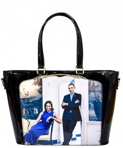 Frame Michelle Obama Fashion  Magazine Print Faux Patent Leather Handbag With Gold Embellishments PA0046 6
