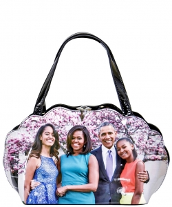 Frame Michelle Obama Fashion  Magazine Print Faux Patent Leather Handbag With Gold Embellishments PA0047 5